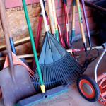 How to rake leaves without causing injury